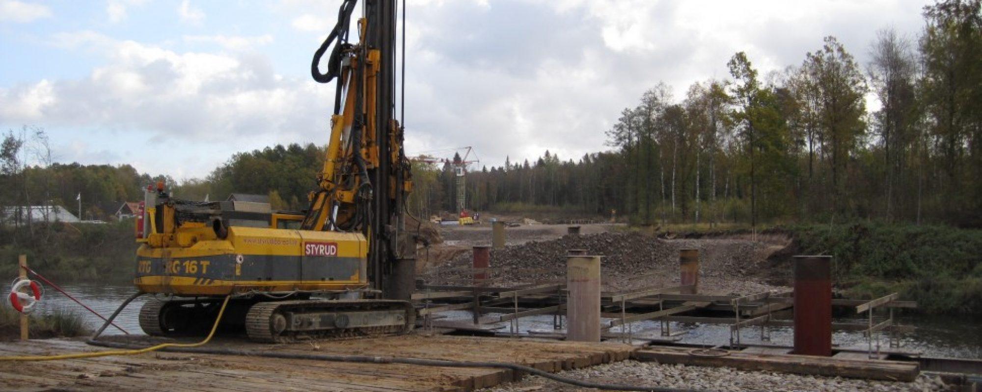 En av Styruds största riggar Bauer RGT16
